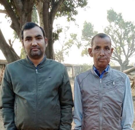 अपने चाचा जी सुबोध झा के साथ ब्रजकिशोर
