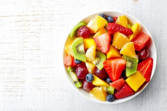 डाॅक्टर की सलाह पर फलों का सेवन करें