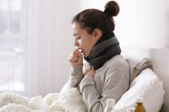 खांसी, अक्सर आपकी बीमारी का एक लक्षण, कैंसर के उपचार के कारण हो सकता है